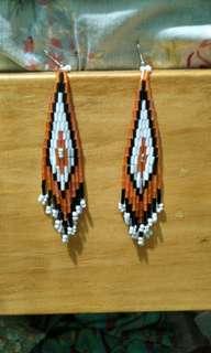 Beadwork handmade dangling necklace