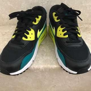 🚚 商品無瑕疵 鞋子太 多少穿 Size: US5 =23.5 CM