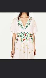 Zara ins Embroidered dresd