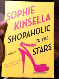 Shopholic to the Stars