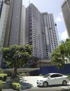 Condo for Sale 7500 monthly