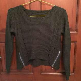 Cropped Knitwear