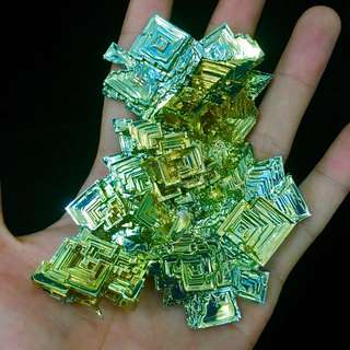 鉍晶體 bismuth crystal