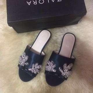 VELVET Embellished Beads sandal