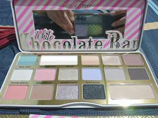 ORIGINAL too faced white chocolate bar palette