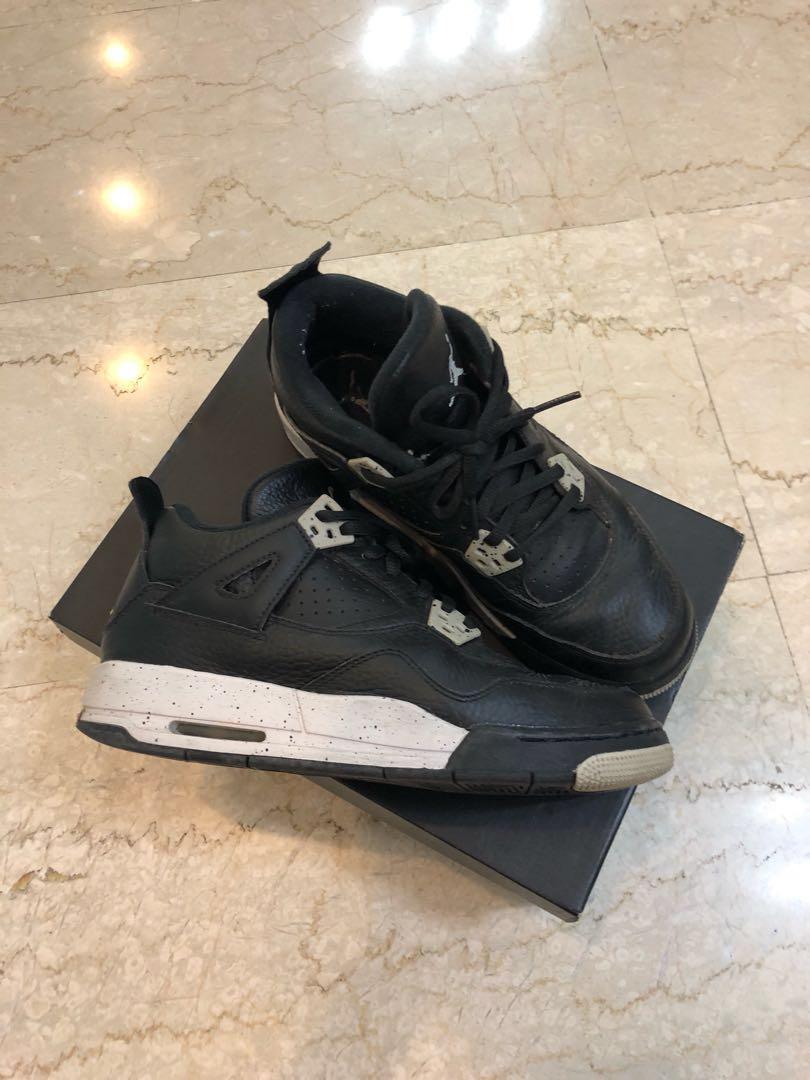 Air Jordan 4 Oreo 5.5Y, Women's Fashion