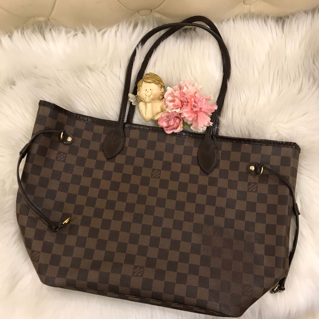 41b116c955c Authentic LOUIS VUITTON LV Damier Ebene Neverfull MM.