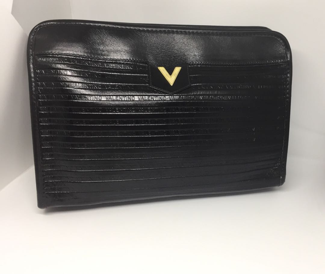 2019 clearance sale pretty cool special buy Authentic Mario Valentino Clutch Bag