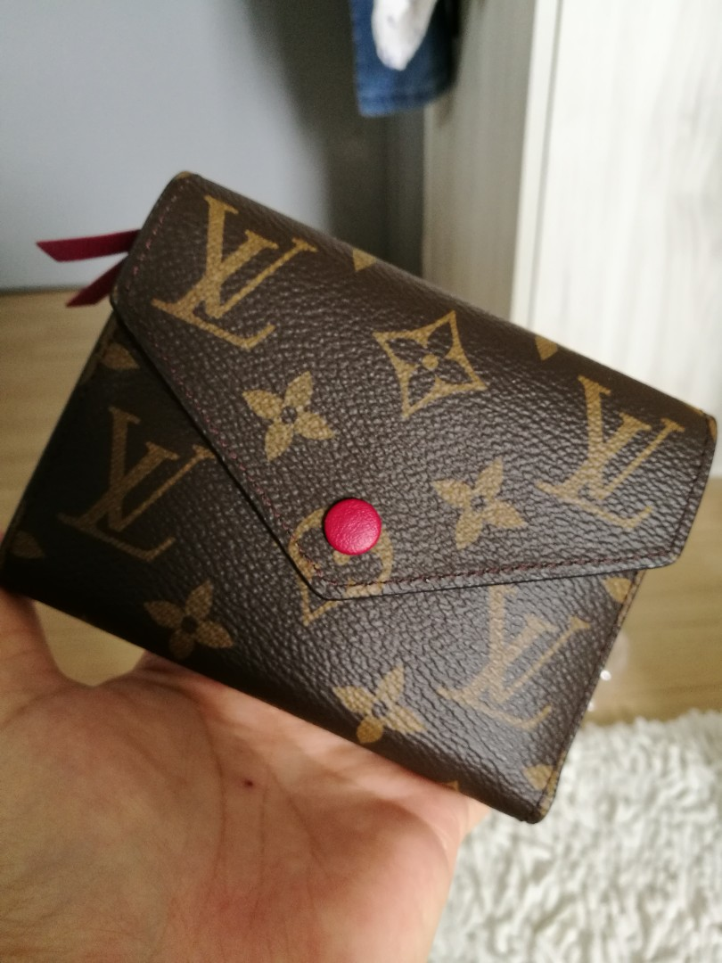 ed30a65f7857 💯 BRAND NEW LV Wallet BRAND NEW AUTHENTIC LV Wallet VICTORINE Fuchsia PINK  COMPACT SMALL Louis vuitton