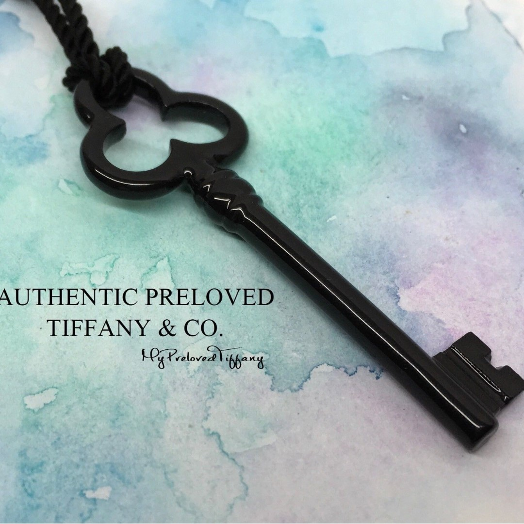 dabdc3a8e Excellent Rare Authentic Tiffany & Co. Black Bone Trefoil Key Necklace  Silver, Women's Fashion, Jewellery, Necklaces on Carousell