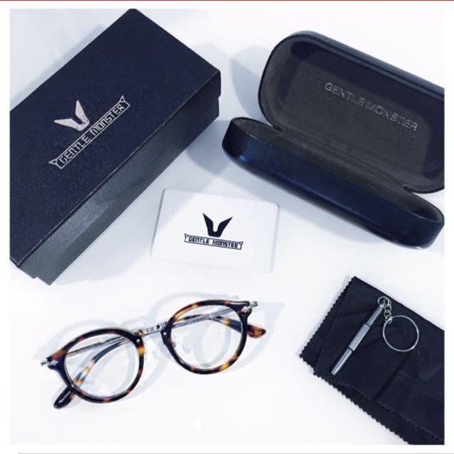 80aa9c304f47 Home · Women s Fashion · Accessories · Eyewear   Sunglasses. photo photo ...