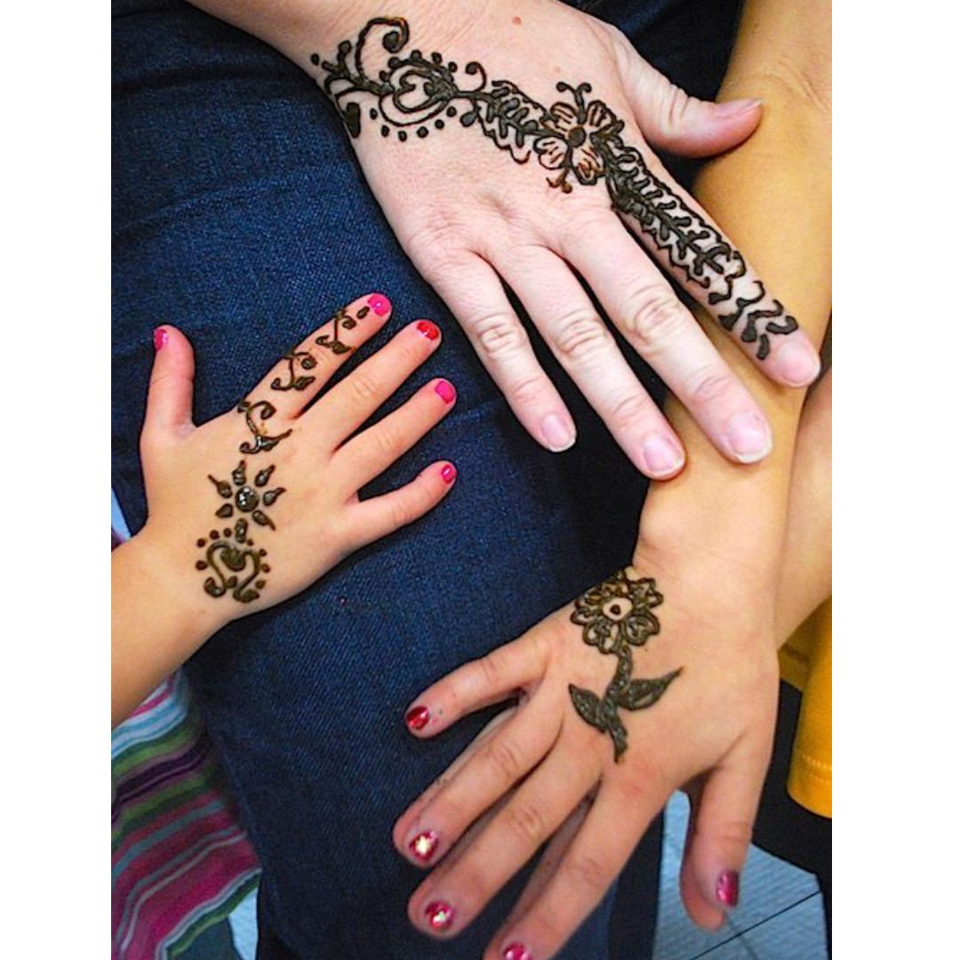 Henna Art Painting Booth Everything Else On Carousell