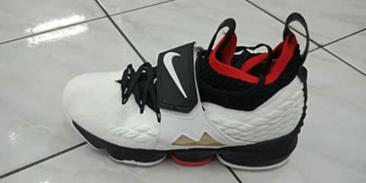 sports shoes 48a13 756f1 Lebron 15 Diamond Turf on Carousell