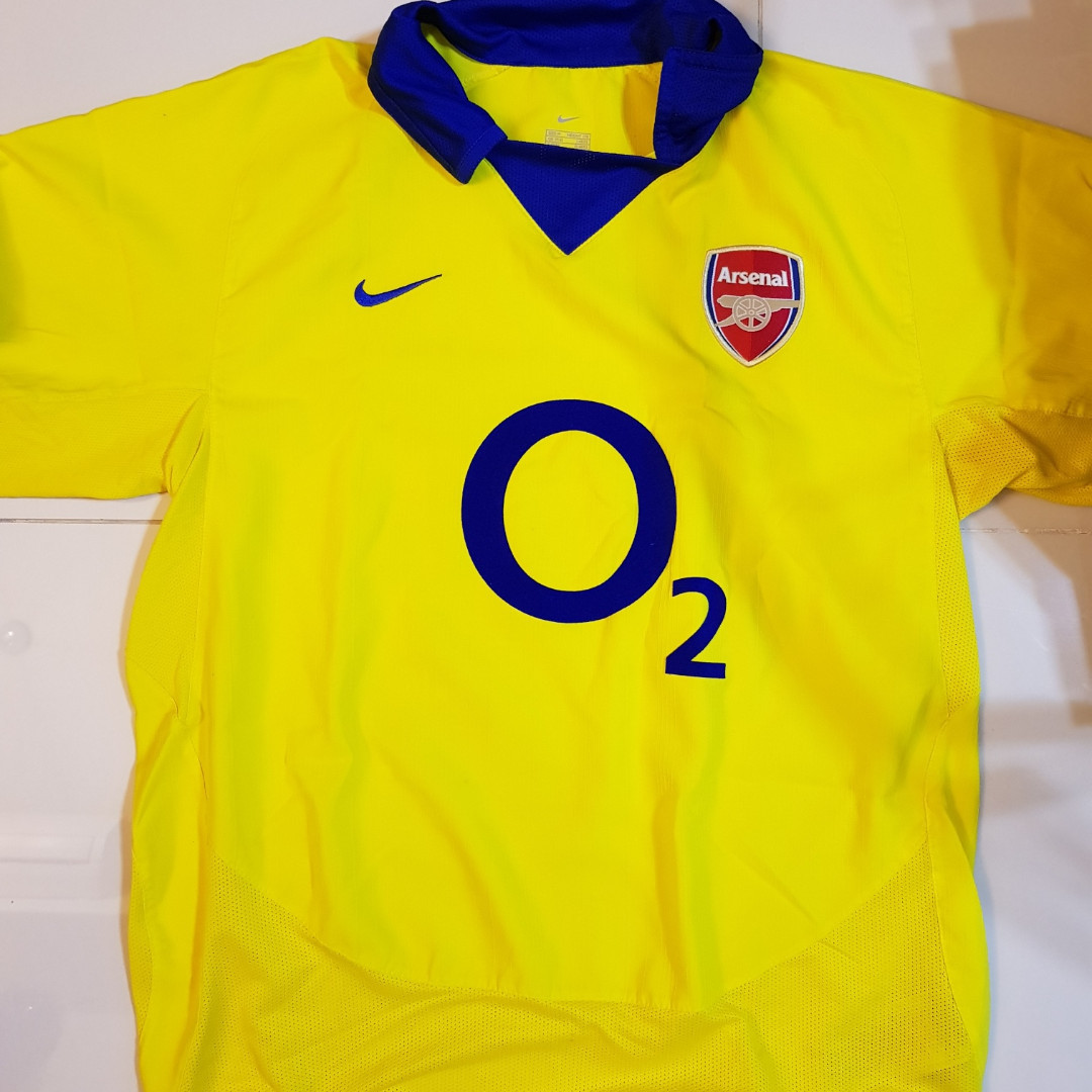 7897dd1e5 Retro Arsenal Shirt Henry