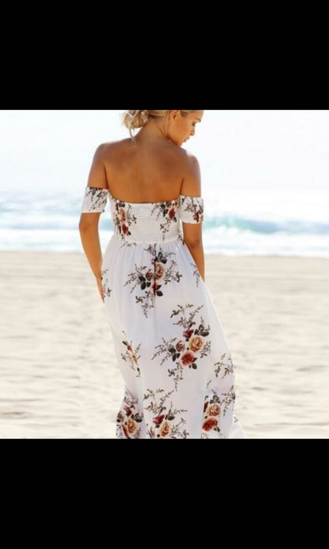 Small showpo almost new maxi dress