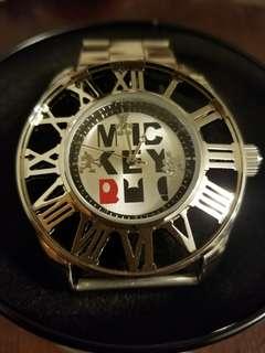 Mickey Mouse metallic watch 全新日本米奇帶錶