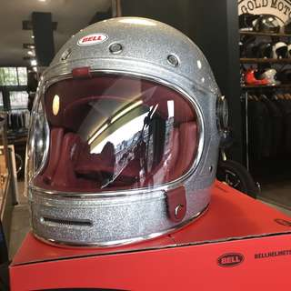 Bell Bullitt SIZE SMALL ONLY Adult Motorbike Motorcycle Cafe Racer Retro Vintage Classic Helmet Gloss Silver Flake