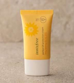 Preloved Perfect UV Long lasting for oily skin spf 50pa++innisfree