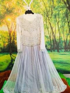 Gaun/Dress bertaburkan Swarovski