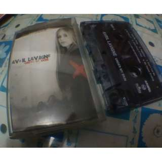 kaset pita/tape avril lavigne - under my skin
