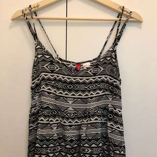 H&M Black & White Summer Dress (Size US 2)
