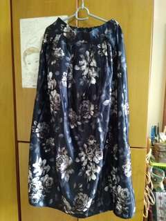 Long skirt, pre loved