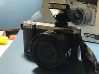 (有盒有配件)Samsung NX3000 無反光鏡相機 超細緻 超易用 女生也可以拍出文青作品