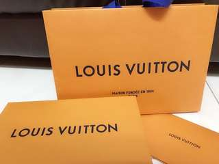 Louis Vuitton Wallet chain