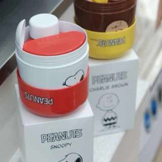 Snoopy breakfast cereal container