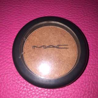 Mac Blush on