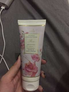 marks&spencer hand and nail cream
