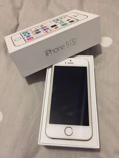 EUC iPhone 5S UNLOCKED 16GB