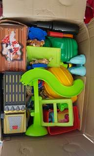1 big box full of used toys for P5,000