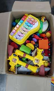 1 big box full of toys for Php5,000 only