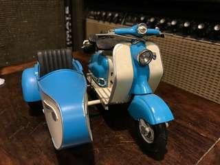 德國制 鐵皮電單車 擺設