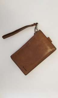 ROOTS wallet with phone holder