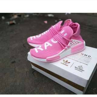 Sepatu adidas human