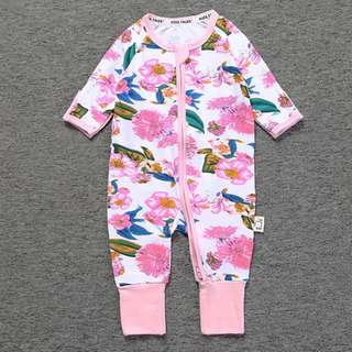 Baby Kids Boys Girls Pink Camomile Sleepsuit (Newborn - 2years)