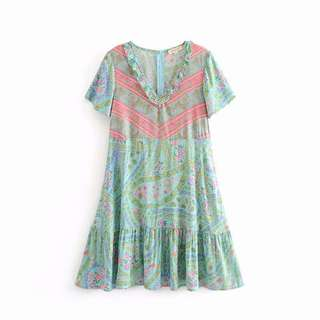 🚚 Europe and the United States short-sleeved V-neck mint green positioning printing lotus leaf dress s