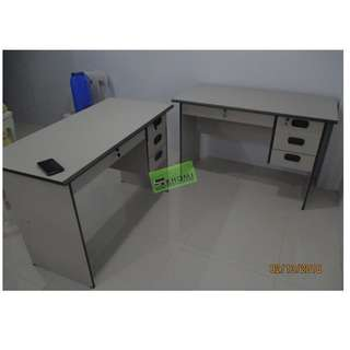CNC 125C FREESTANDING OFFICE TABLE WITH DRAWERS--KHOMI
