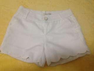 Jike White Short ❤️