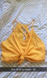 Yellow crop singlet