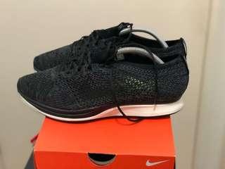 Nike Flyknit Racer Blackout