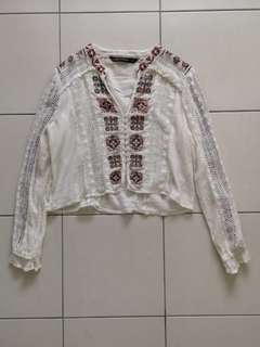 Embroidered crepe blouse by Zara