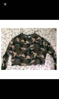 H&M camouflage sweater