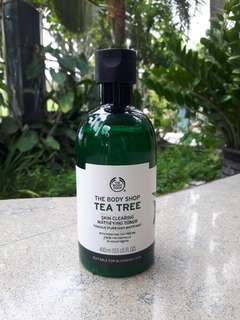 400 ml THE BODY SHOP Tea Tree Skin Clearing Mattifying Toner