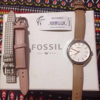 Fossil watch with three interchangeable strap