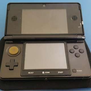 Nintendo 3DS Black (US) + Gateway Flashcart