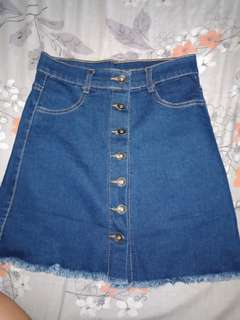 Denim skirt / Maong skirt