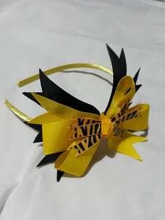 Peek-a-bows fashion headbands